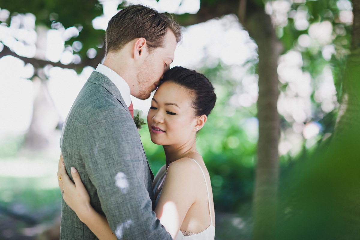 Brooklyn-Winery-Intimate-Documentary-Wedding-Photography-8.jpg