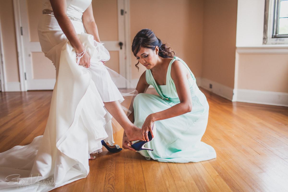 Gallaher-Mansion-Documentary-Wedding-Photographer-Norwalk-CT-Cranbury-Park-3.jpg