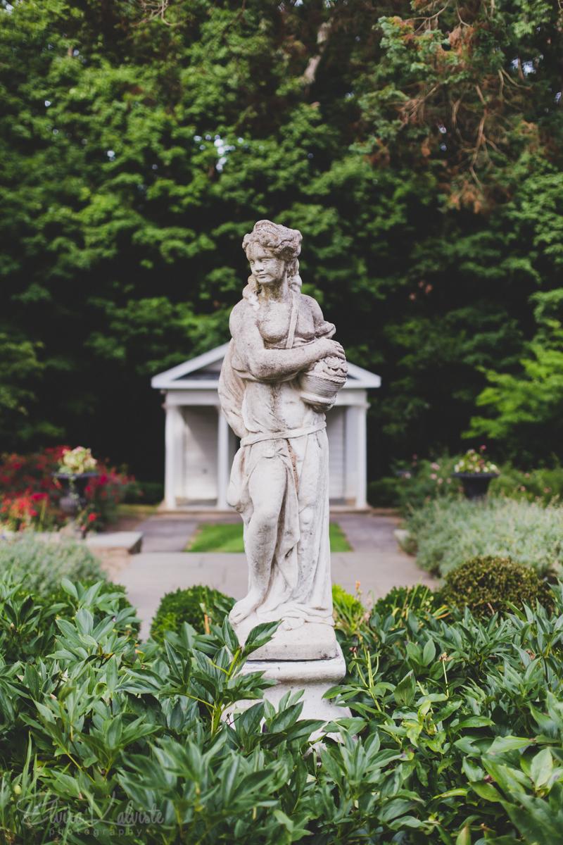 Gallaher-Mansion-Documentary-Wedding-Photographer-Norwalk-CT-Cranbury-Park-8.jpg