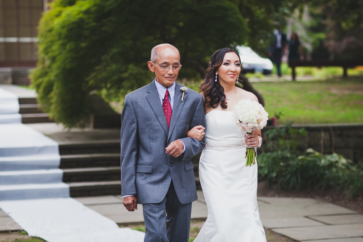 Gallaher-Mansion-Documentary-Wedding-Photographer-Norwalk-CT-Cranbury-Park-10.jpg