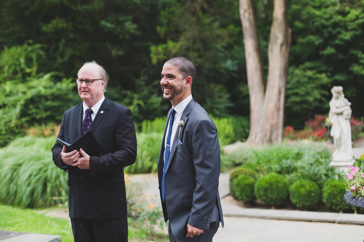 Gallaher-Mansion-Documentary-Wedding-Photographer-Norwalk-CT-Cranbury-Park-11.jpg