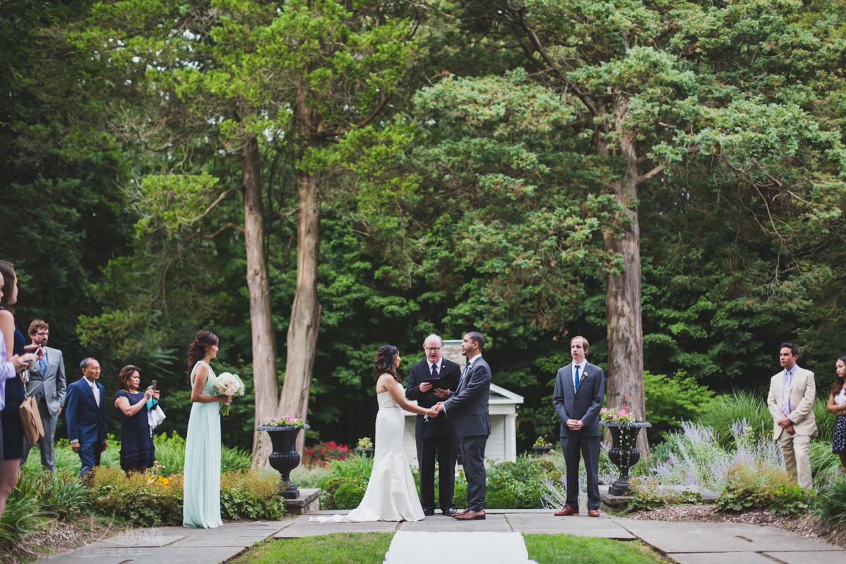 Gallaher-Mansion-Documentary-Wedding-Photographer-Norwalk-CT-Cranbury-Park-12.jpg