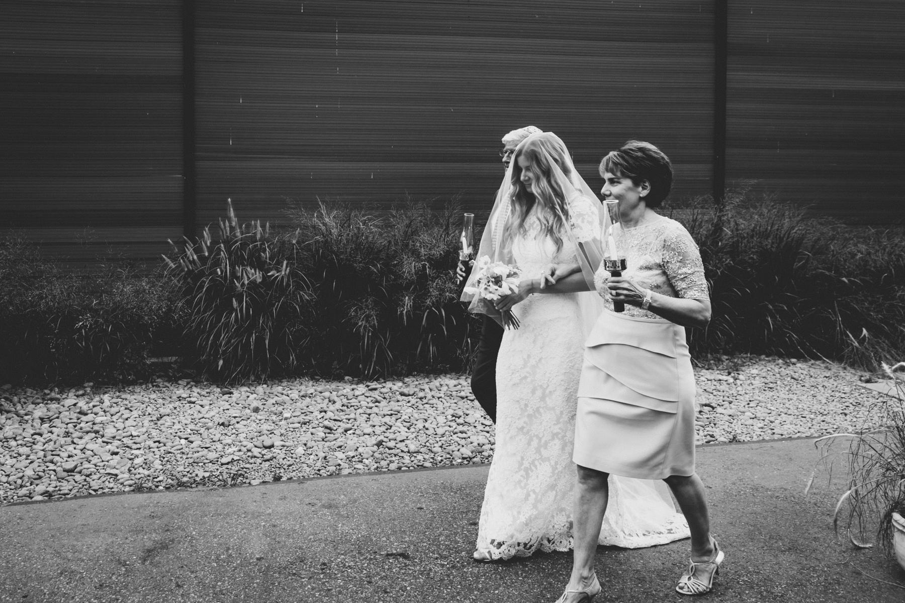 Wythe-Hotel-Green-Building-Brooklyn-Documentary-Wedding-Photography-66.jpg