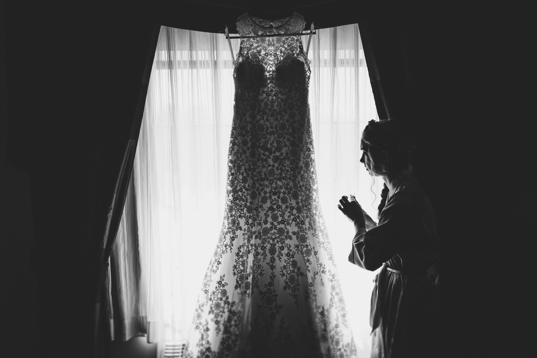 Long-Island-Documentary-Wedding-Photography-Summer-Tent-Wedding-in-New-York-9.jpg