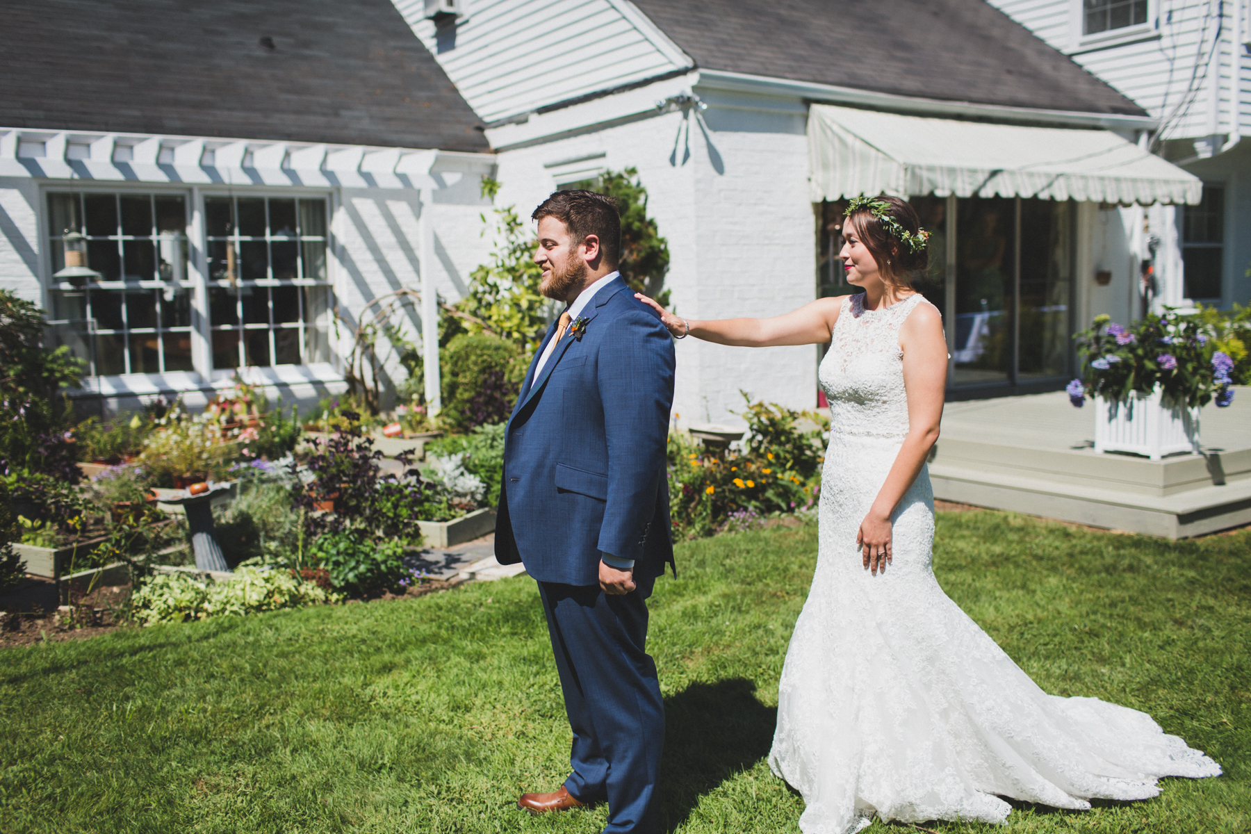 Long-Island-Documentary-Wedding-Photography-Summer-Tent-Wedding-in-New-York-19.jpg