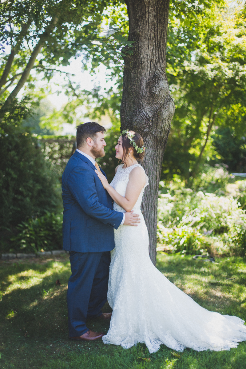 Long-Island-Documentary-Wedding-Photography-Summer-Tent-Wedding-in-New-York-24.jpg