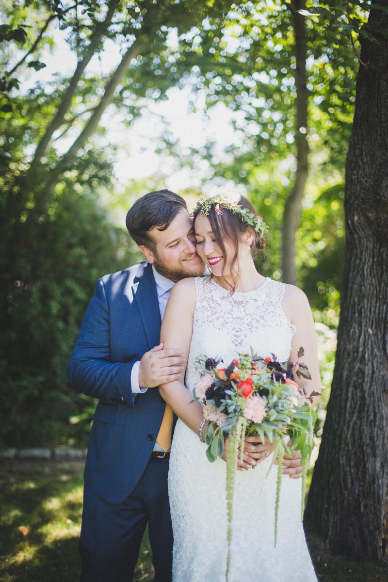 Long-Island-Documentary-Wedding-Photography-Summer-Tent-Wedding-in-New-York-32.jpg