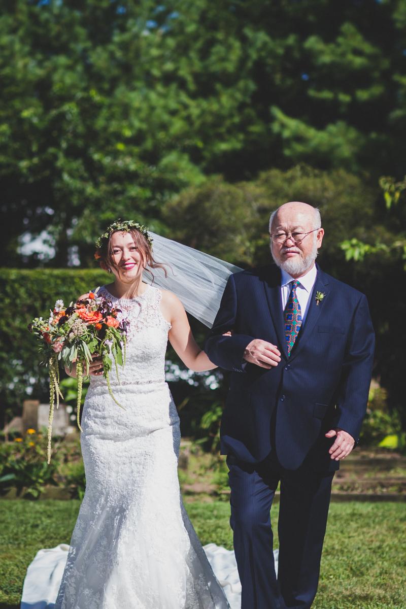 Long-Island-Documentary-Wedding-Photography-Summer-Tent-Wedding-in-New-York-59.jpg