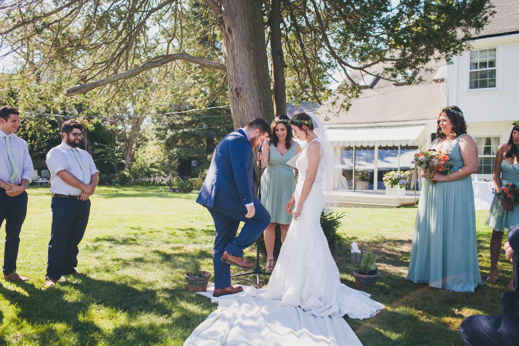 Long-Island-Documentary-Wedding-Photography-Summer-Tent-Wedding-in-New-York-72.jpg
