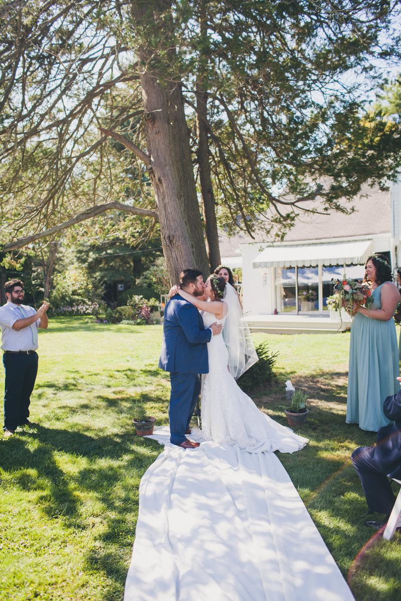 Long-Island-Documentary-Wedding-Photography-Summer-Tent-Wedding-in-New-York-74.jpg