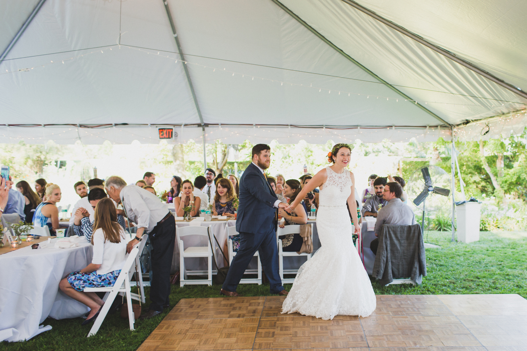 Long-Island-Documentary-Wedding-Photography-Summer-Tent-Wedding-in-New-York-98.jpg