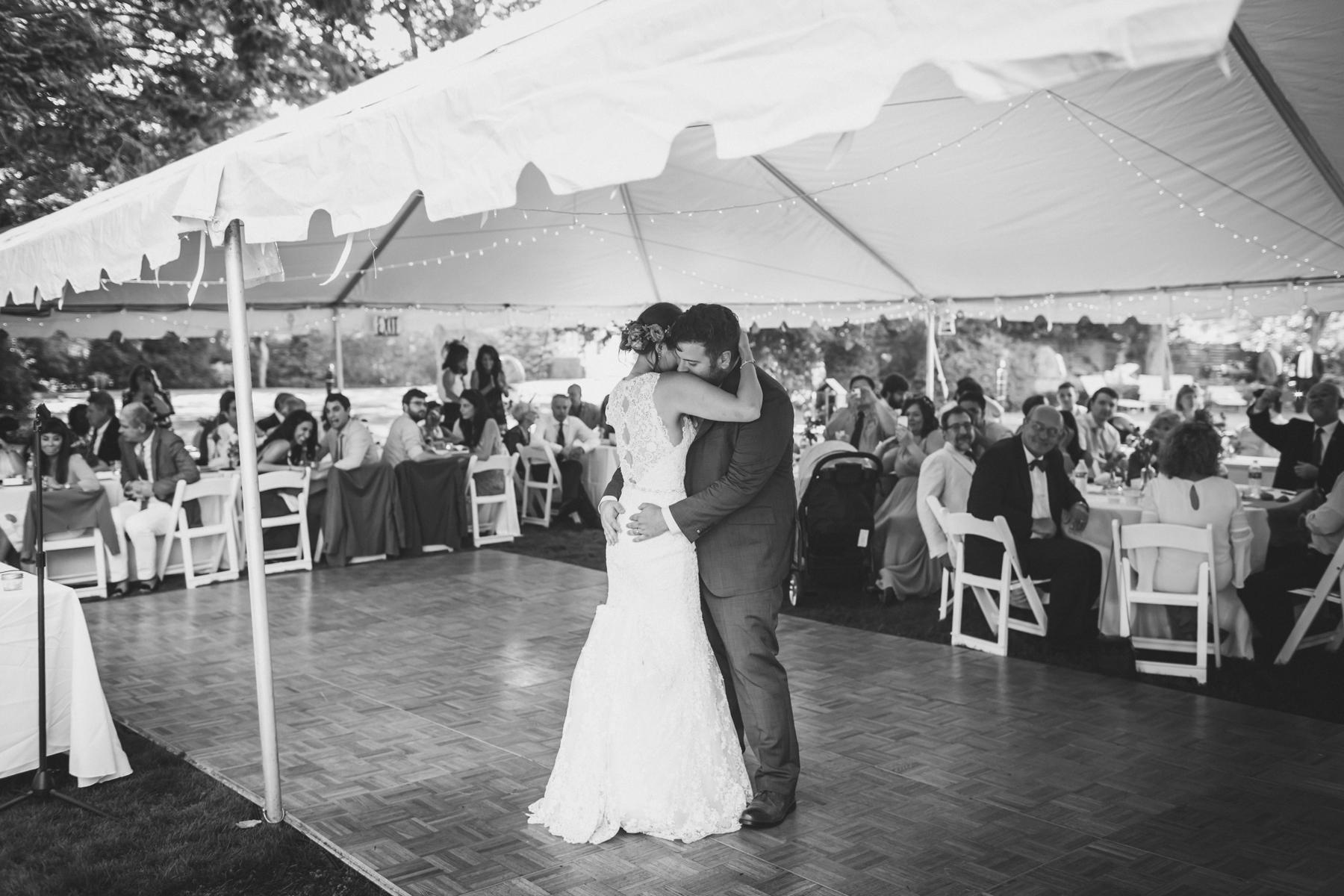 Long-Island-Documentary-Wedding-Photography-Summer-Tent-Wedding-in-New-York-105.jpg