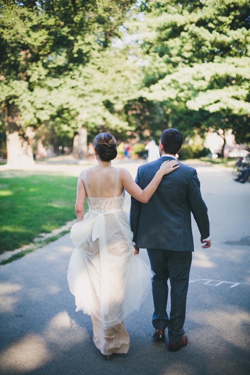 ICI-Restaurant-Fort-Greene-Brooklyn-Intimate-Documentary-Wedding-Photography-Elvira-Kalviste-10.jpg