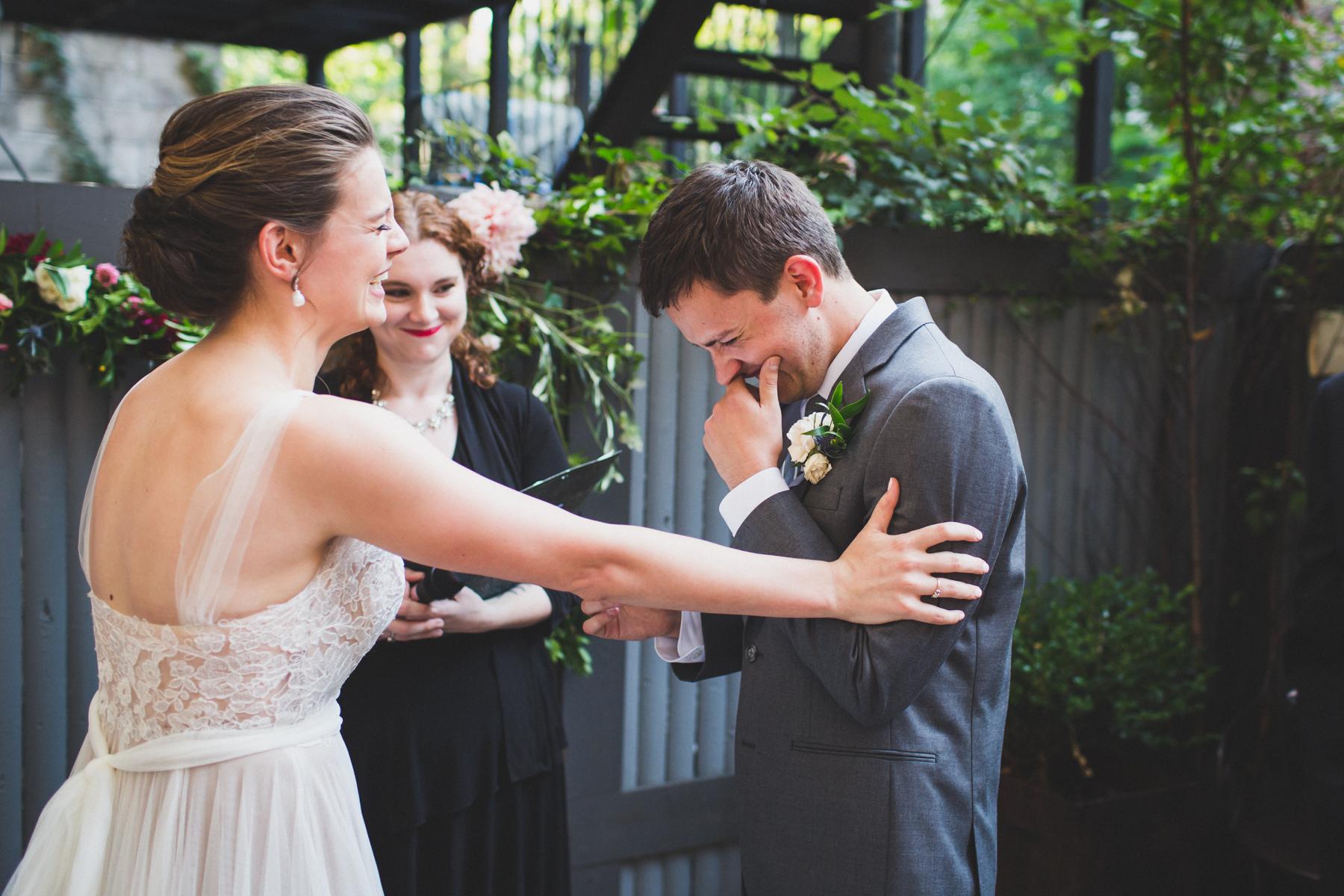 ICI-Restaurant-Fort-Greene-Brooklyn-Intimate-Documentary-Wedding-Photography-Elvira-Kalviste-40.jpg
