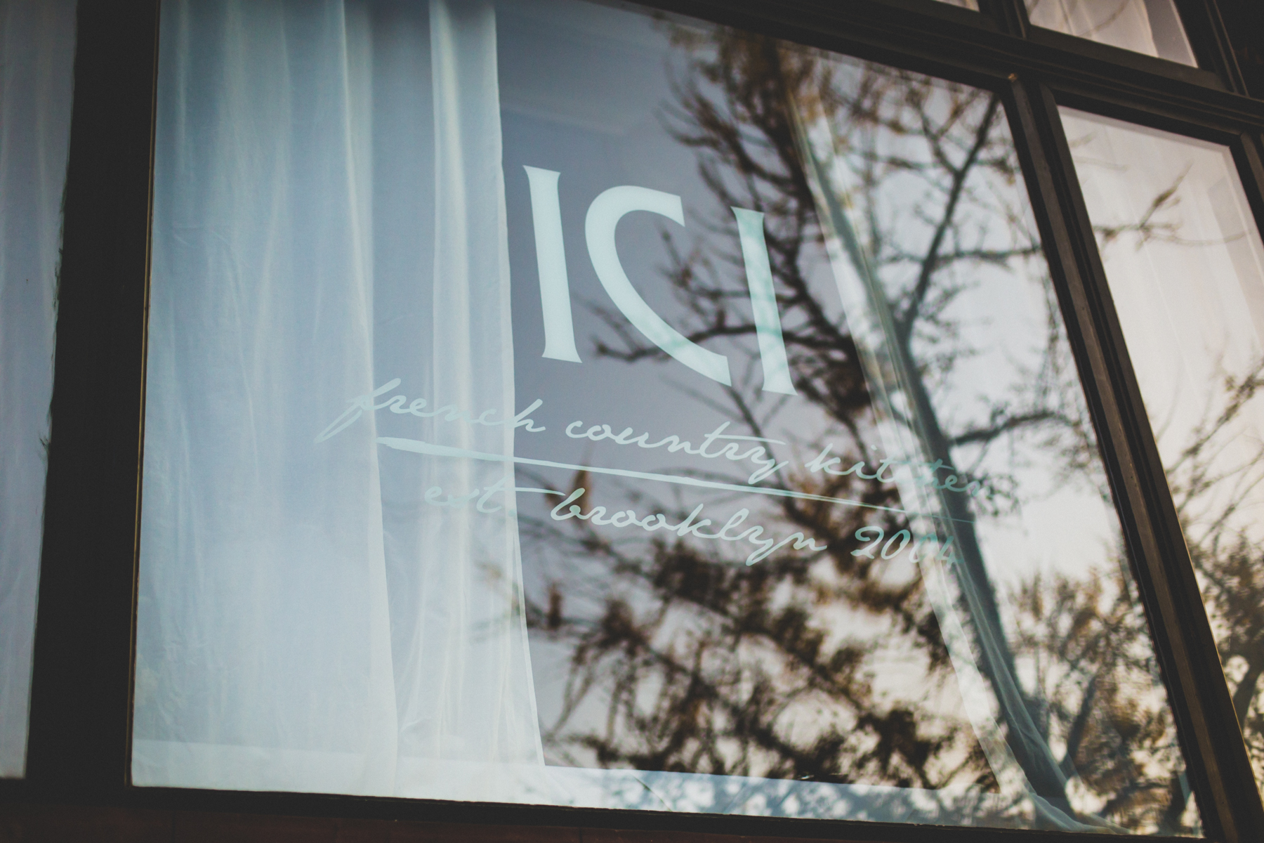 ICI-Restaurant-Fort-Greene-Brooklyn-Intimate-Documentary-Wedding-Photography-Elvira-Kalviste-70.jpg