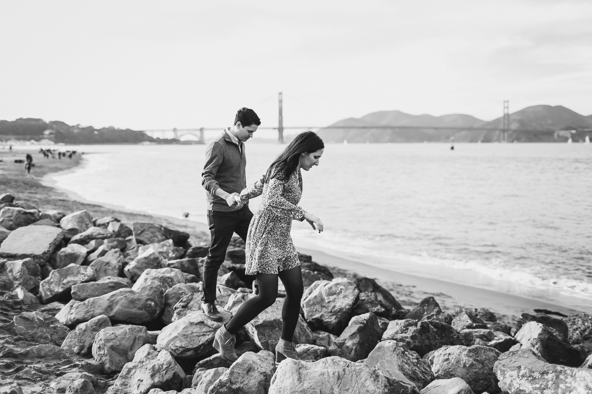 San-Francisco-Engagement-Session-Presidio-crissy-field-wedding-photographer-20.jpg