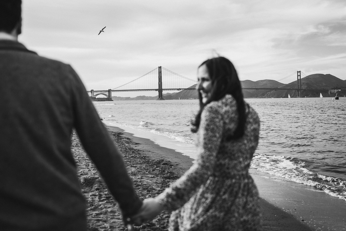 San-Francisco-Engagement-Session-Presidio-crissy-field-wedding-photographer-26.jpg