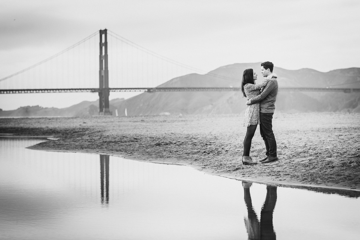San-Francisco-Engagement-Session-Presidio-crissy-field-wedding-photographer-27.jpg
