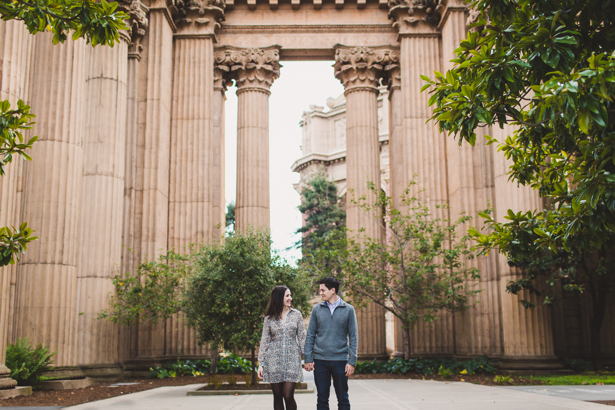 San-Francisco-Engagement-Session-Presidio-crissy-field-wedding-photographer-19.jpg