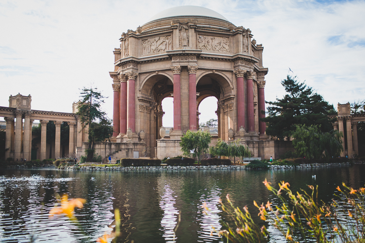 San-Francisco-Palace-of-fine-art-documentary-wedding-photographer-destination-wedding-27.jpg