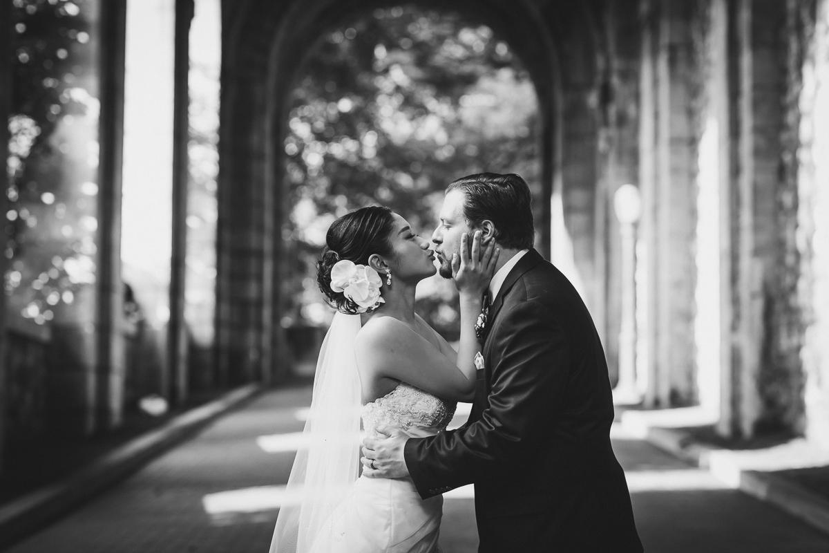Fort-Tryon-Park-Wedding-Photos-New-York-Documentary-Wedding-Photographer-10.jpg