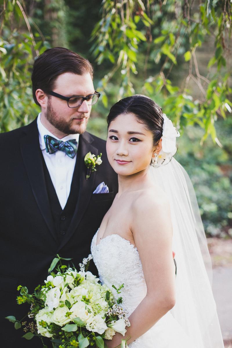 Fort-Tryon-Park-Wedding-Photos-New-York-Documentary-Wedding-Photographer-16.jpg