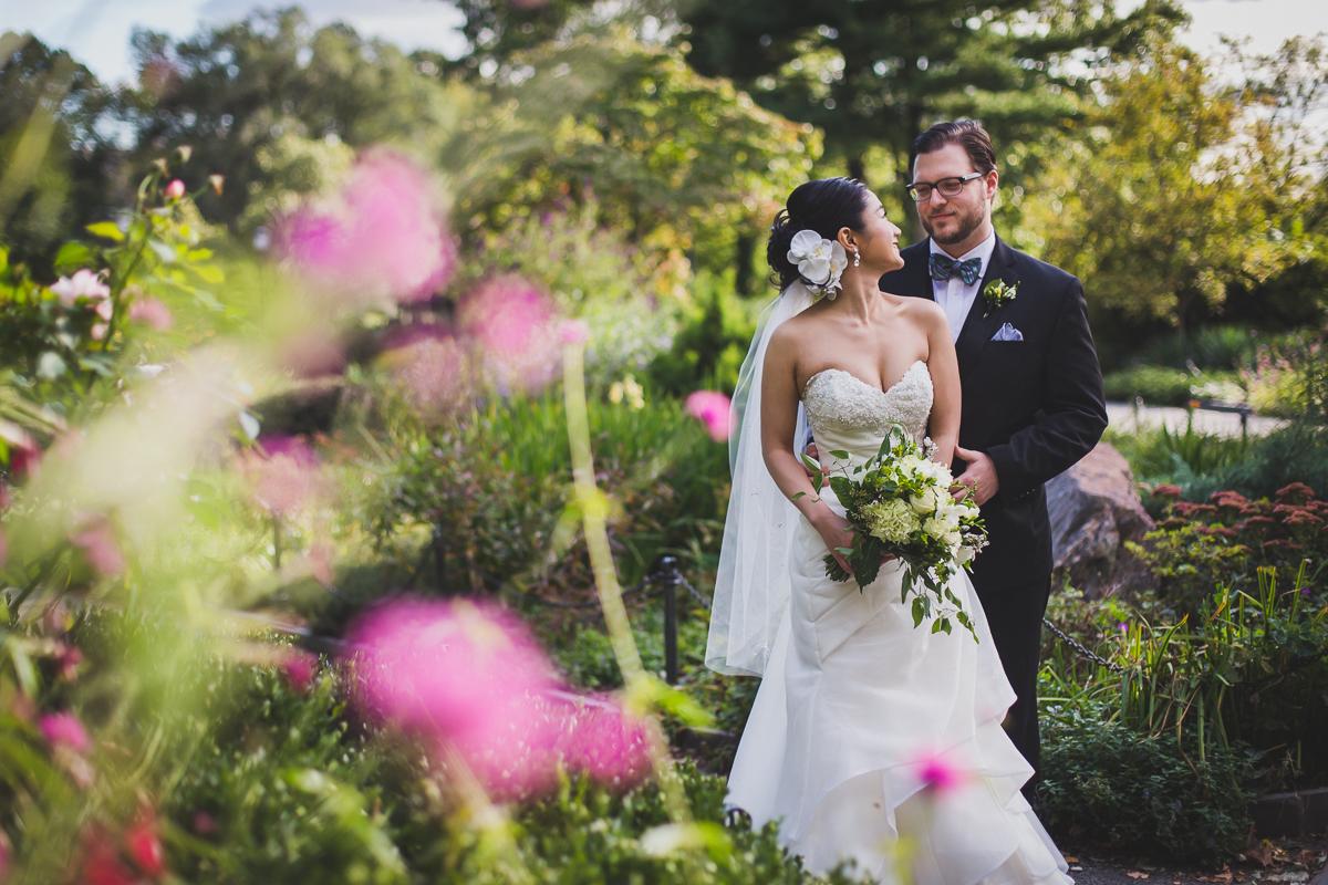Fort-Tryon-Park-Wedding-Photos-New-York-Documentary-Wedding-Photographer-21.jpg
