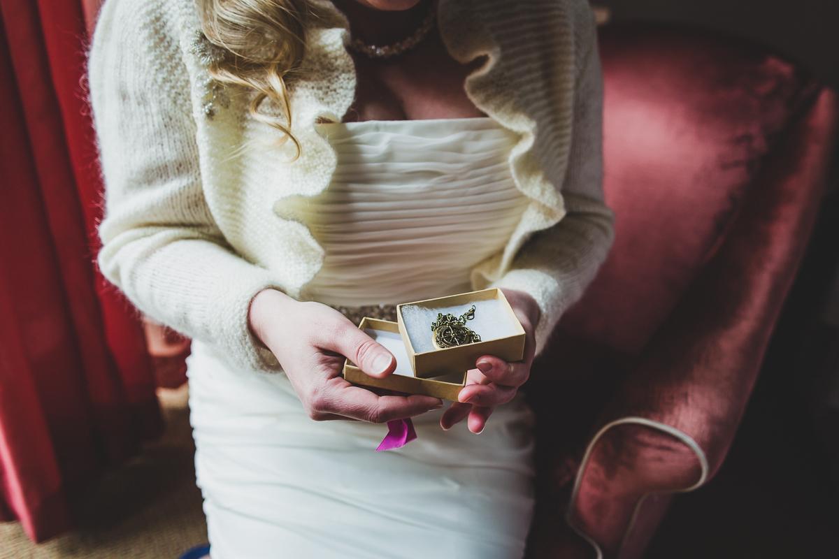Giraffe-Hotel-New-York-City-Hall-Elopement-Documentary-Wedding-Photographer-17.jpg