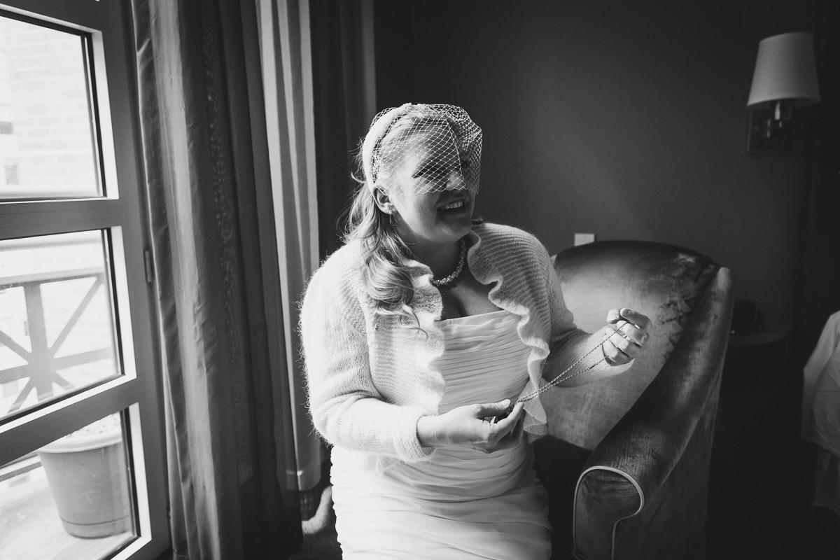 Giraffe-Hotel-New-York-City-Hall-Elopement-Documentary-Wedding-Photographer-18.jpg