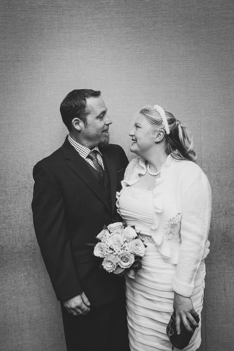 Giraffe-Hotel-New-York-City-Hall-Elopement-Documentary-Wedding-Photographer-27.jpg