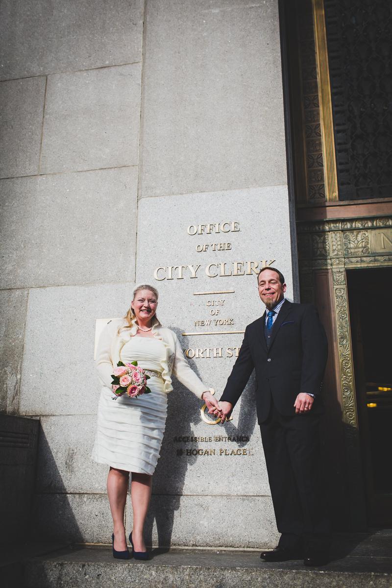 Giraffe-Hotel-New-York-City-Hall-Elopement-Documentary-Wedding-Photographer-33.jpg