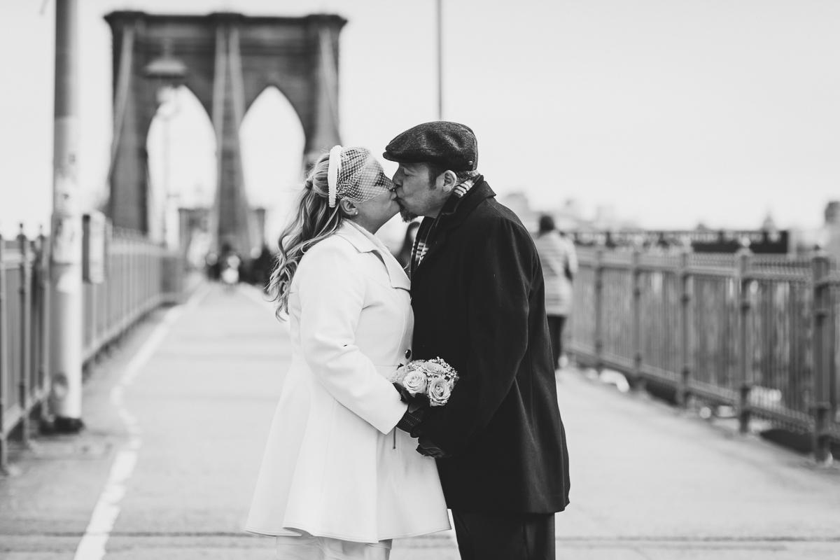 Giraffe-Hotel-New-York-City-Hall-Elopement-Documentary-Wedding-Photographer-40.jpg