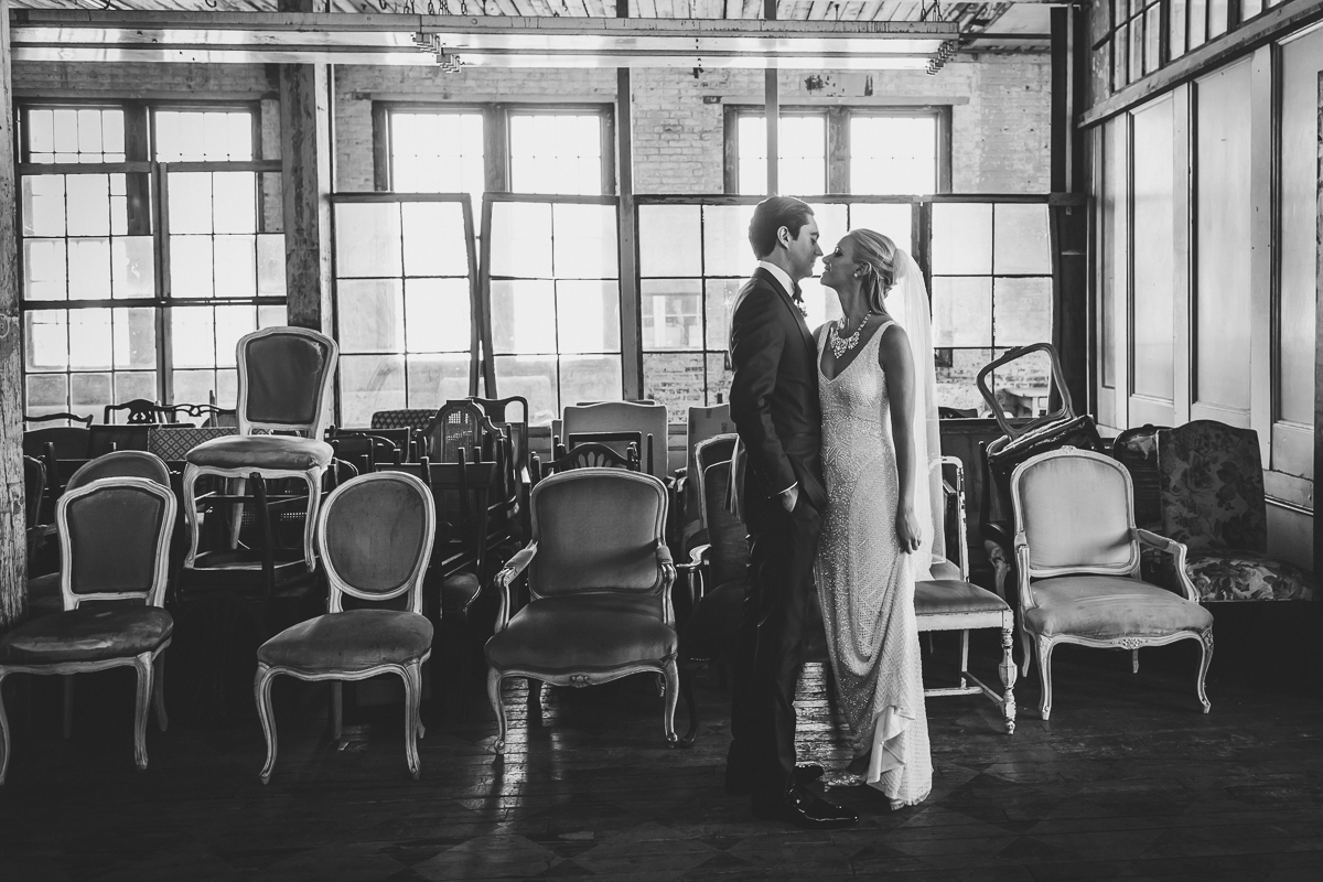 Metropolitan-Building-Documentary-Wedding-Photographer-Elvira-Kalviste-New-York-23.jpg