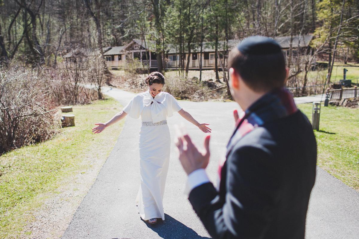 Spring-Camp-Wedding-at-Isabella-Freemans-Jewish-Retreat-Center-New-York-and-Connecticut-Documentary-Wedding-Photographer-6.jpg