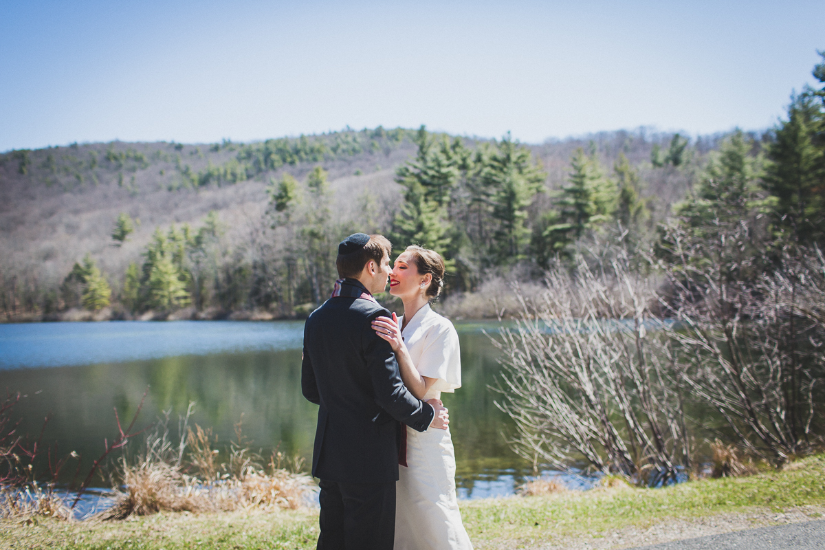 Spring-Camp-Wedding-at-Isabella-Freemans-Jewish-Retreat-Center-New-York-and-Connecticut-Documentary-Wedding-Photographer-8.jpg