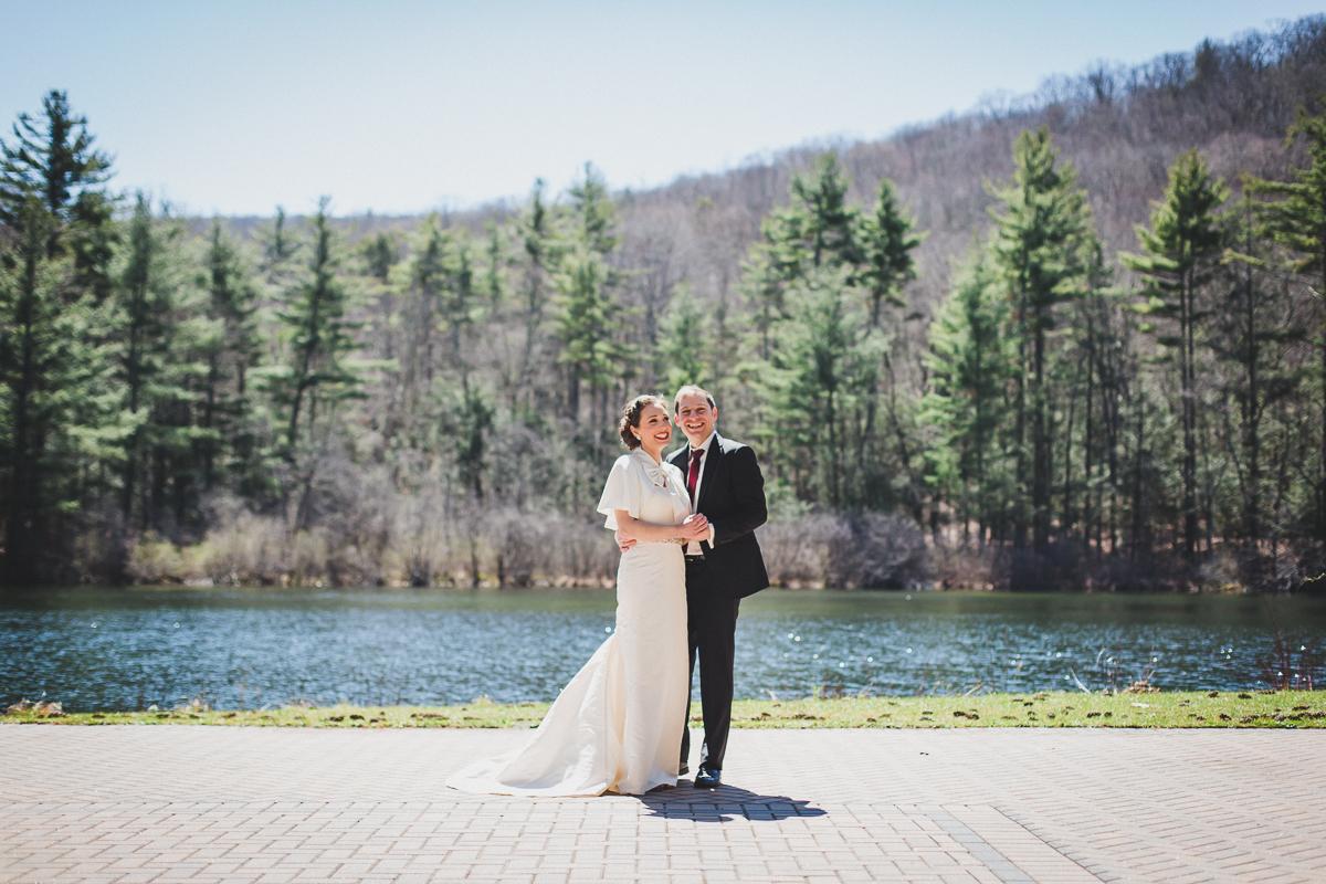 Spring-Camp-Wedding-at-Isabella-Freemans-Jewish-Retreat-Center-New-York-and-Connecticut-Documentary-Wedding-Photographer-11.jpg
