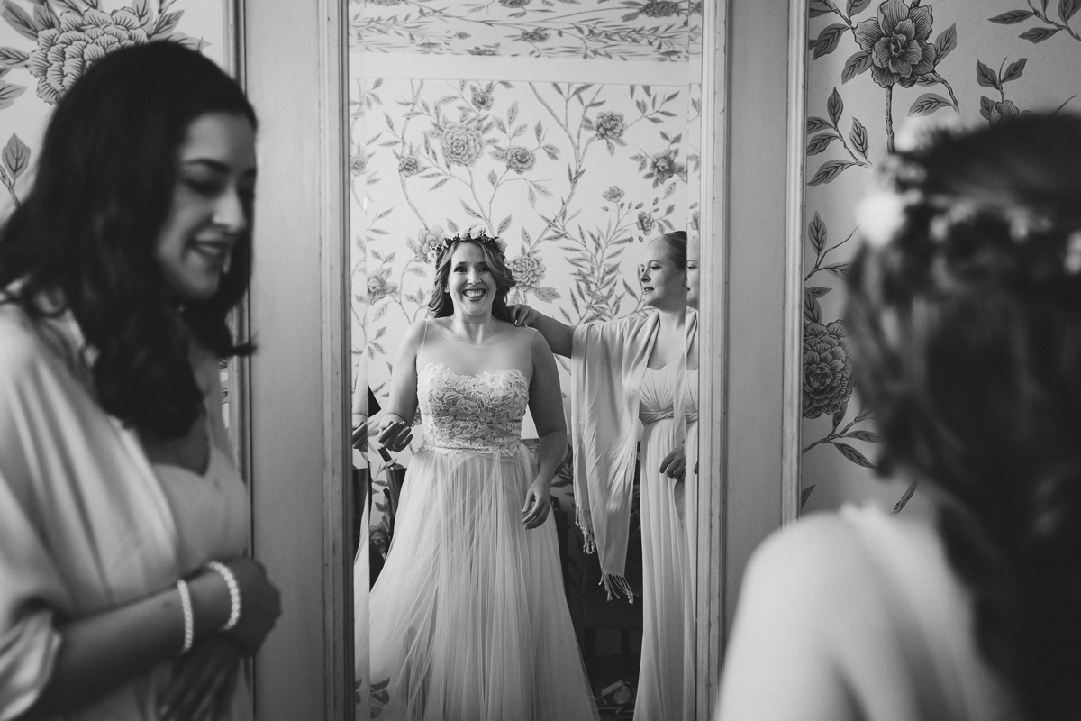 Bronx-New-York-Botanical-Garden-Stone-Mill-Documentary-Wedding-Photography-13.jpg