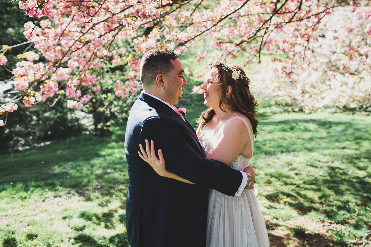 Bronx-New-York-Botanical-Garden-Stone-Mill-Documentary-Wedding-Photography-25.jpg