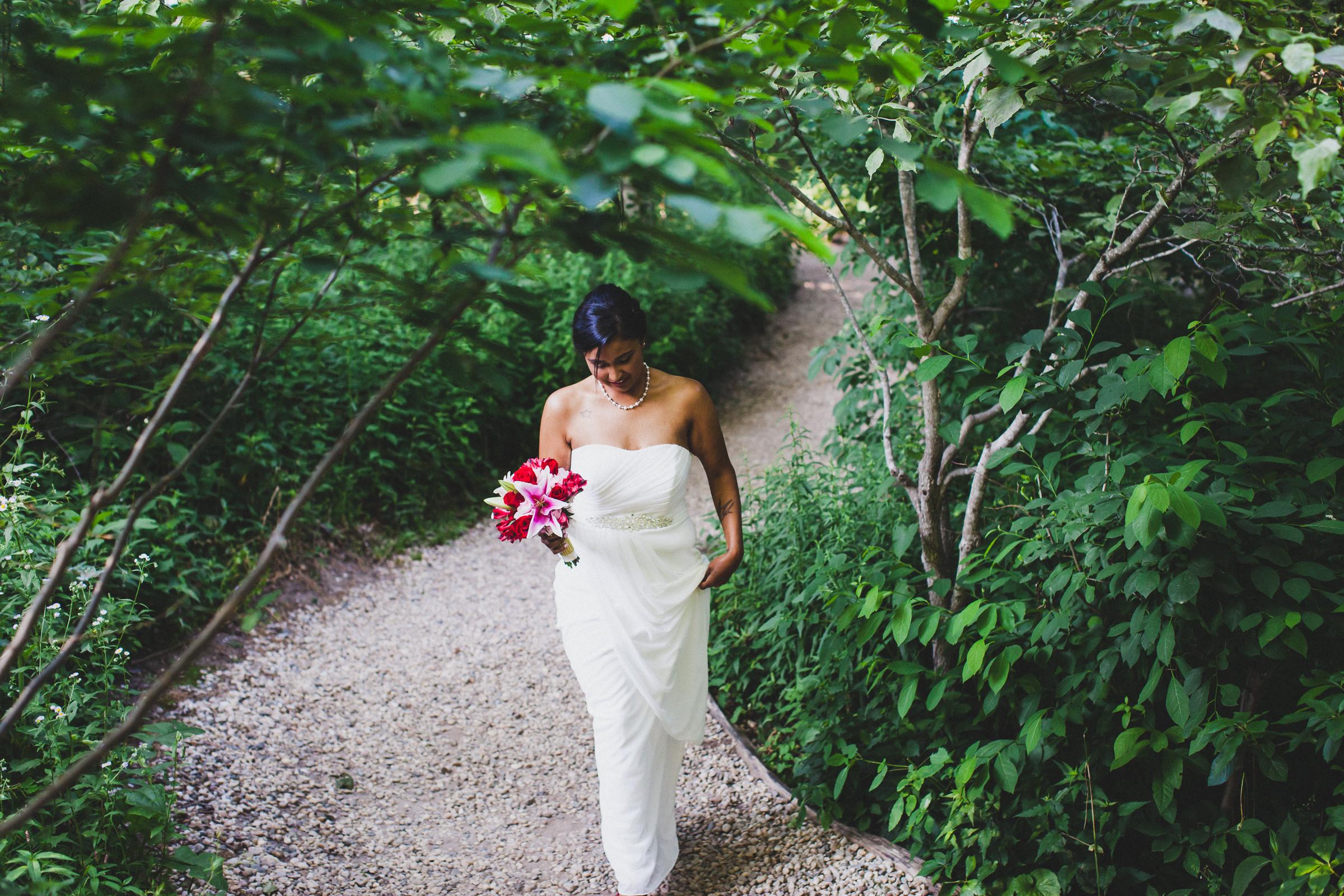 Long-Island-Documentary-Wedding-Photographer-Avalon-Park-Wedding-Photos-13.jpg