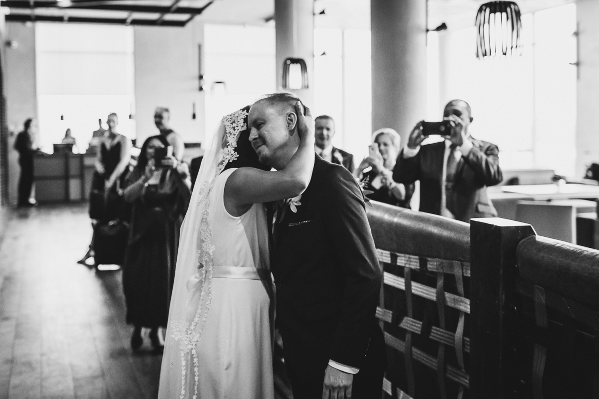 Freemans-Restaurant-Hotel-Indigo-Intimate-Wedding-New-York-Documentary-Wedding-Photography-6.jpg