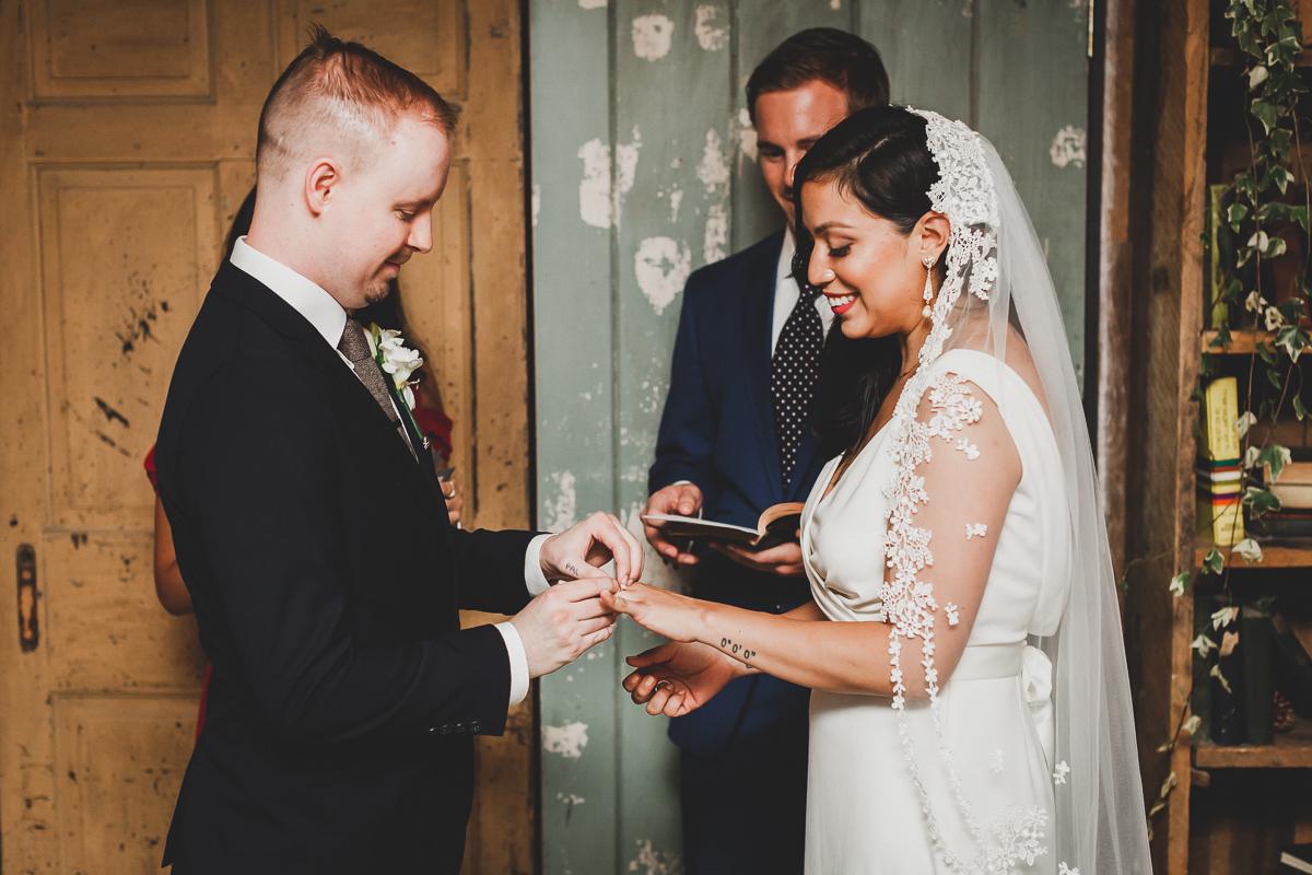 Freemans-Restaurant-Hotel-Indigo-Intimate-Wedding-New-York-Documentary-Wedding-Photography-35.jpg
