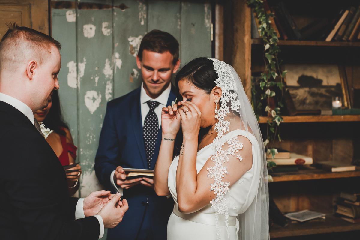 Freemans-Restaurant-Hotel-Indigo-Intimate-Wedding-New-York-Documentary-Wedding-Photography-36.jpg