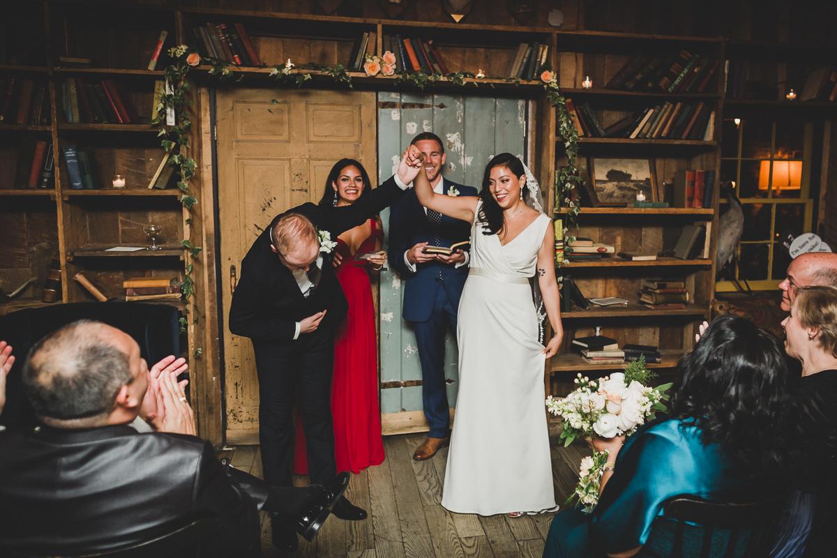 Freemans-Restaurant-Hotel-Indigo-Intimate-Wedding-New-York-Documentary-Wedding-Photography-38.jpg