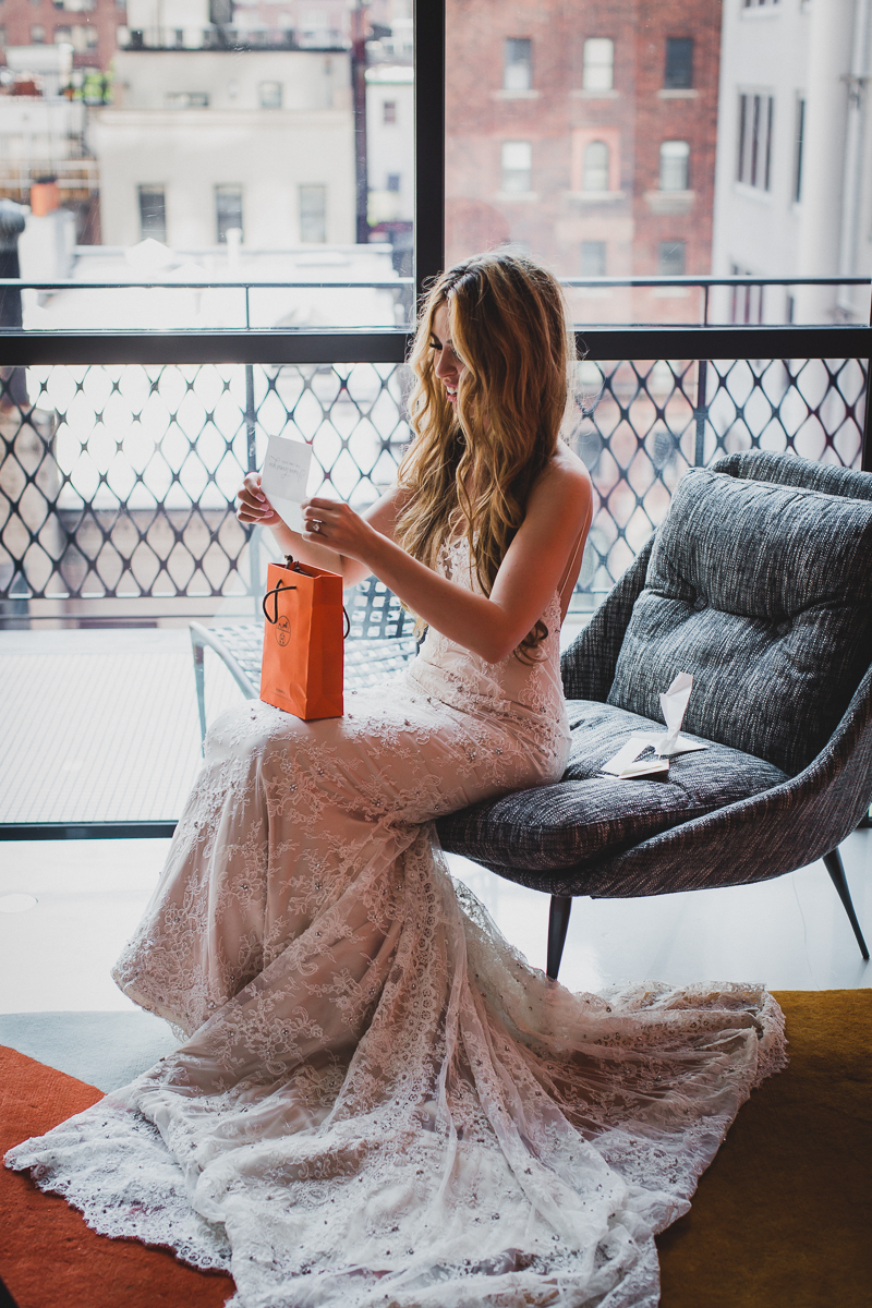 The-Skylark-and-The-William-Hotel-New-York-Documentary-Wedding-Photographer-18.jpg