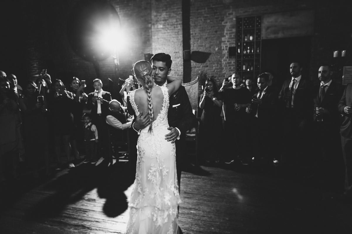 My-Moon-Restaurant-Brooklyn-New-York-Documentary-Wedding-Photographer-The-William-Vale-Hotel-Elvira-Kalviste-Photography-93.jpg