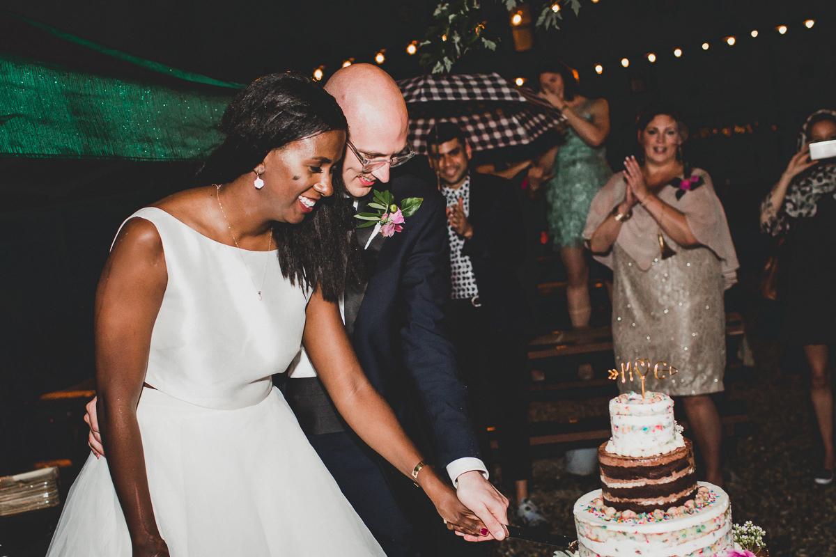 t.b.d-brooklyn-bar-mccarren-park-ceremony-laid-back-documentary-wedding-photographer-mia-chad-81.jpg