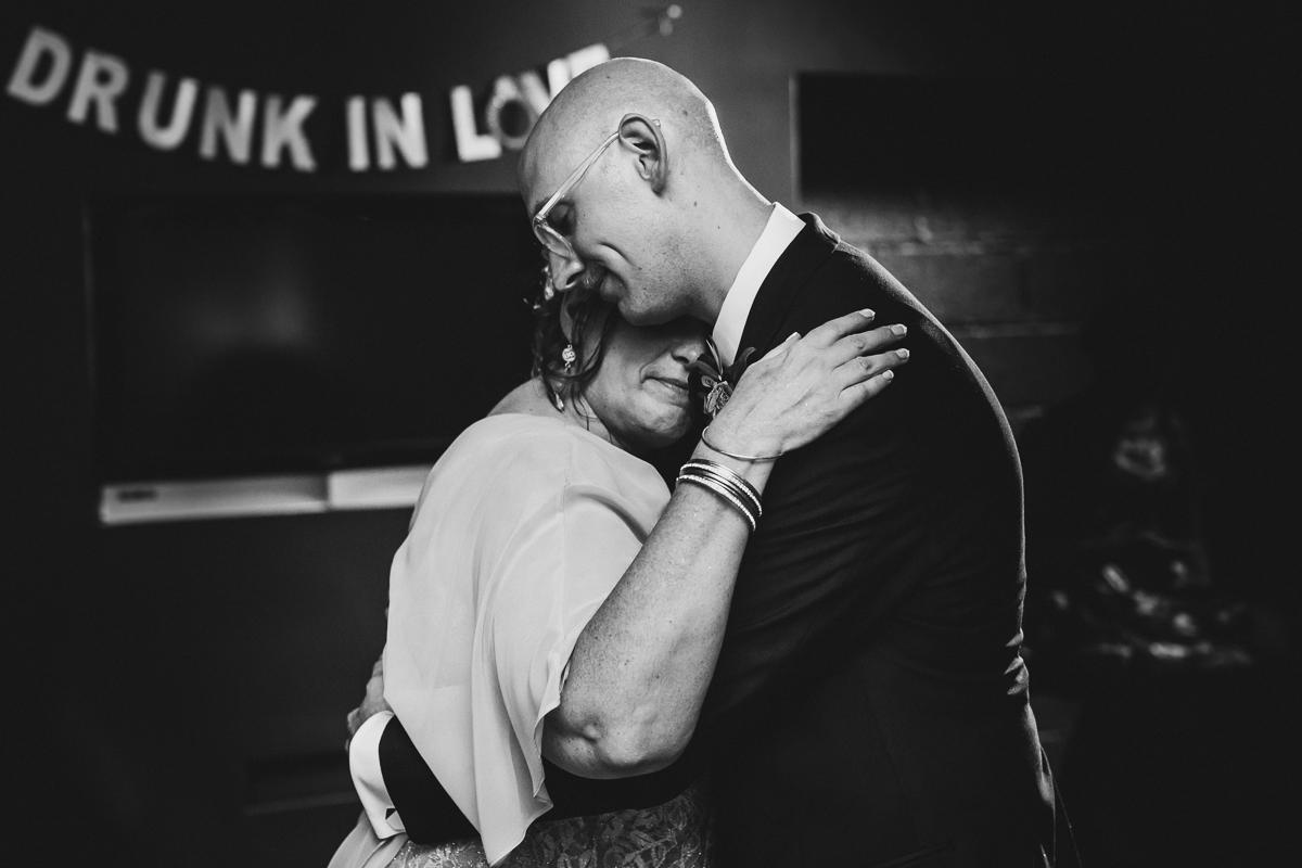 t.b.d-brooklyn-bar-mccarren-park-ceremony-laid-back-documentary-wedding-photographer-mia-chad-90.jpg