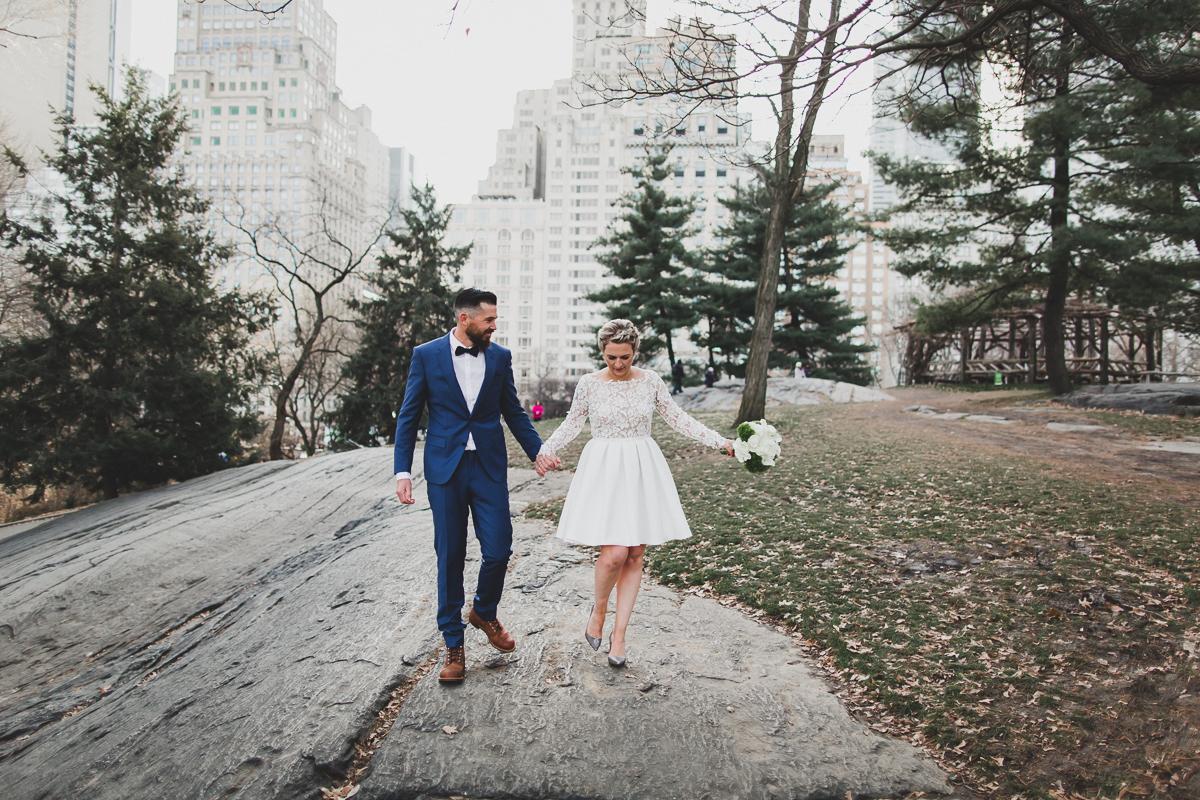 Central-Park-Brooklyn-Bridge-New-York-City-Hall-Documentary-Elopement-Photography-10.jpg