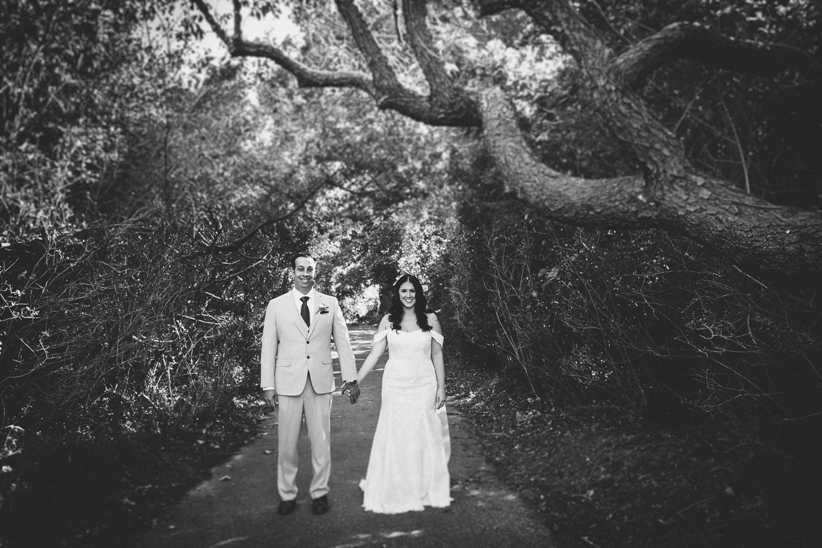 Brecknock-Hall-Greenport-Long-Island-Documentary-Wedding-Photographer-Elvira-Kalviste-25.jpg