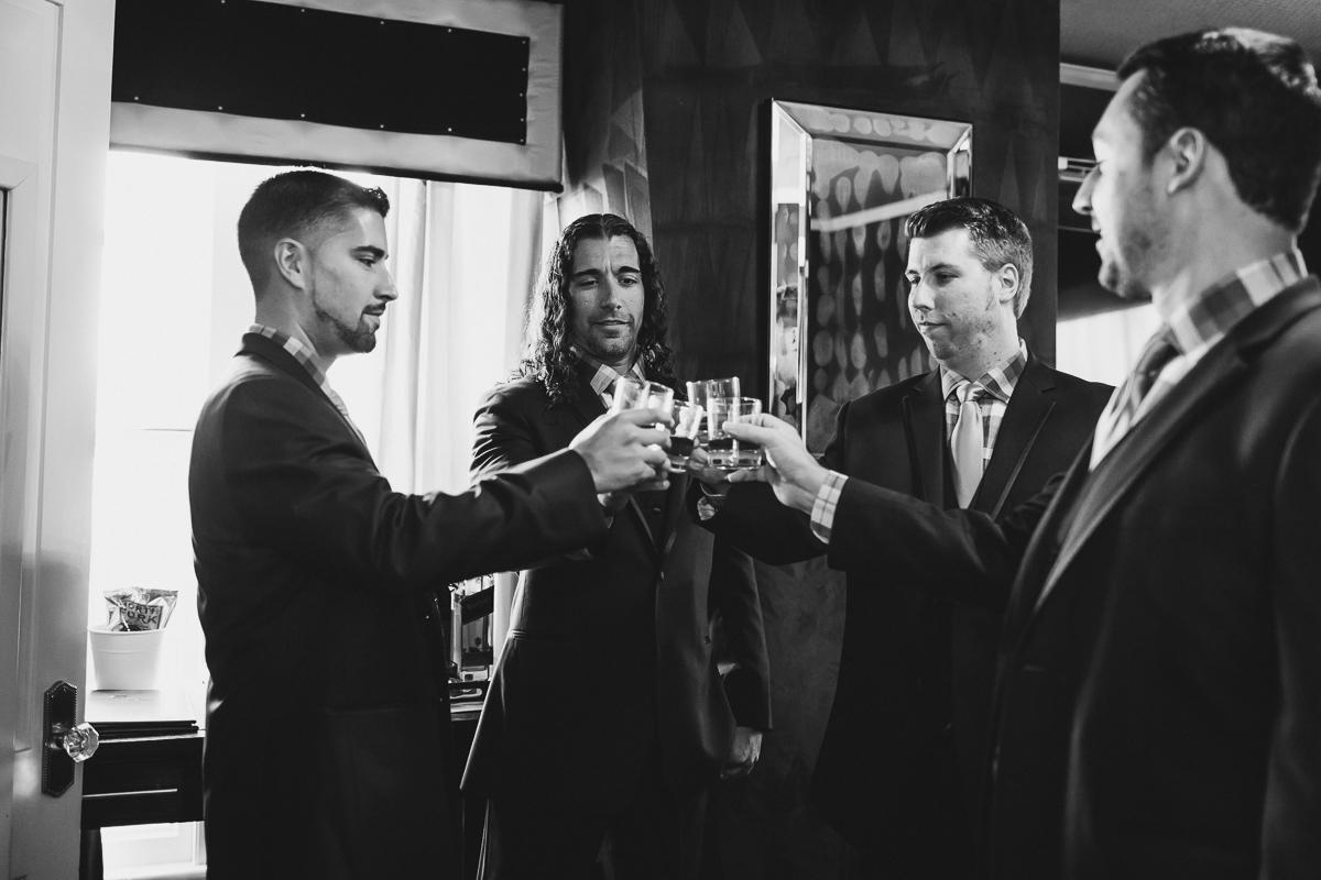 Jedediah-Hawkins-Inn-Documentary-Wedding-Photographer-Long-Island-21.jpg